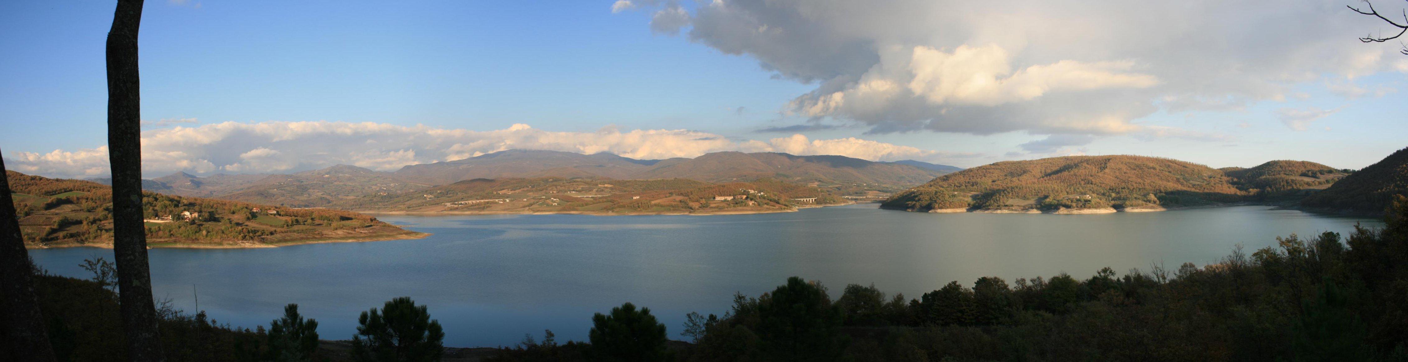 Domenica 8 maggio  Cicloescursione intorno alla diga di Montedoglio