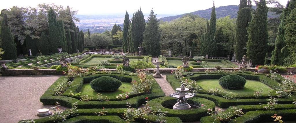 Domenica 8 maggio 2016  Colline di Fiesole e villa Peyron