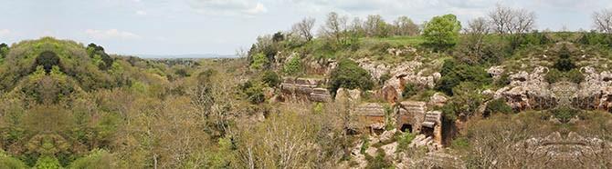 2 aprile 2017   Necropoli di Norchia e VILLA LANTE a Bagnaia (Viterbo)