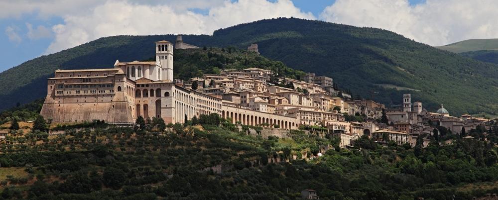 18 giugno 2017 da Assisi a Spello per il monte Subasio